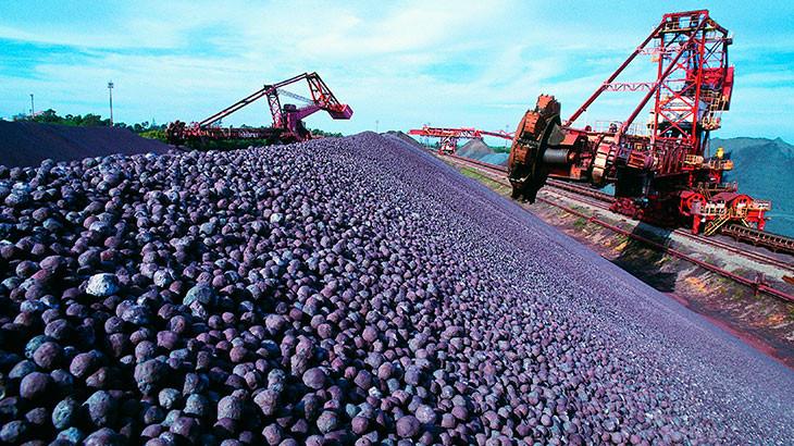 Importações de minério de ferro pela China caem para menor nível em 1 ano e meio