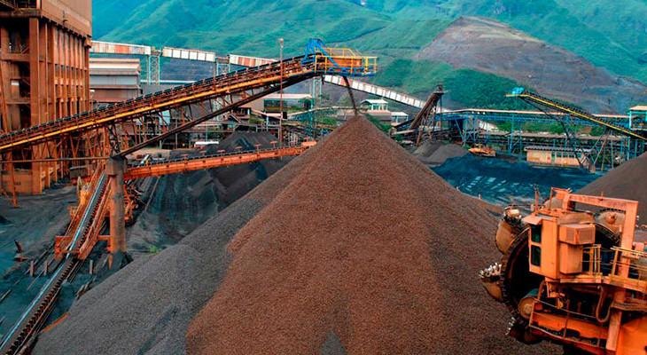 excell-bombsa-futuros-do-minerio-de-ferro-sobem-quase-7-na-china